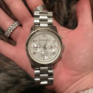 Michael Kors - Silver Watch